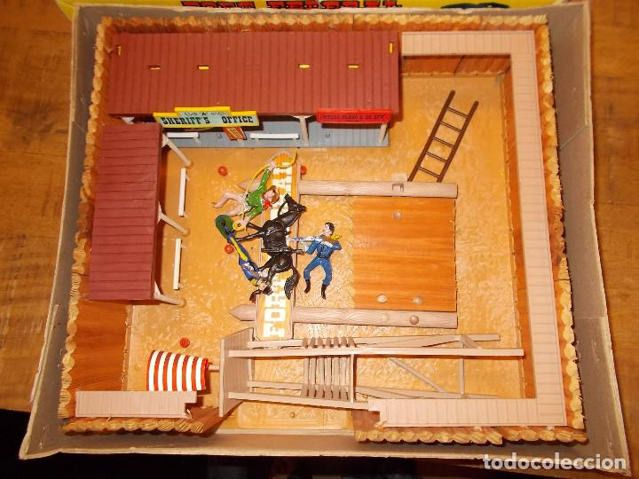 Figuras de Goma y PVC: COMANSI FORT FEDERAL EN CAJA REF. 119 MADERA Y PLÁSTICO SOLDADOS COWBOY FUERTE OESTE AÑOS 70/80.PTOY - Foto 2 - 141951874