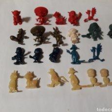 Figuras de Goma y PVC: FIGURAS DUNKIN WARNER BROS VARIOS COLORES. Lote 142171806