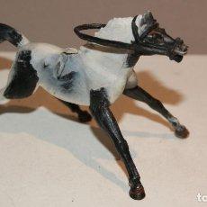 Figuras de Goma y PVC: SOTORRES CABALLO CON RIENDAS EN PLASTICO BUEN ESTADO,BARATO. Lote 142588850