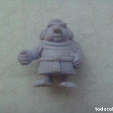 Figuras de Goma y PVC: FIGURA DE DUNKIN DE ASTERIX : JEFE DE LA GALERA EGIPCIO. DETRAS PONE DARGAUD.. Lote 142593478