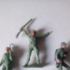 Figuras de Goma y PVC: LOTE DE 4 CASCOS AZULES DE JECSAN.. Lote 142746426