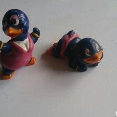 Figuras Kinder: LOTE DOS FIGURAS PINGUINO KINDER FERRERO AÑO 1994. Lote 142855396