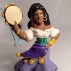 Figuras de Goma y PVC: WALT DISNEY FIGURA - BULLY PVC - ESMERALDA - EL JOROBADO DE NOTRE DAME. Lote 142884522