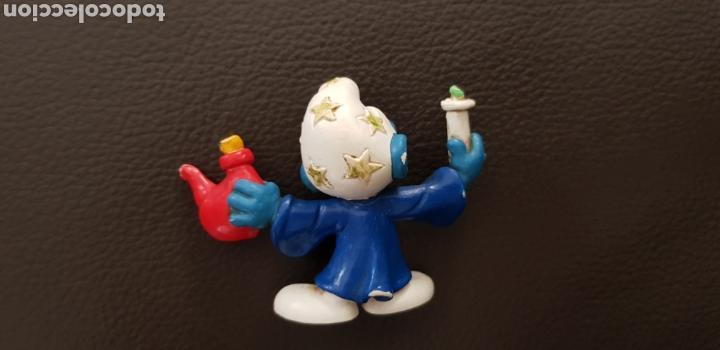 Figuras de Goma y PVC: Antiguo Pitufo Alquimista con pócima pvc Peyo Bully West Germany años 70 - Foto 2 - 143049692