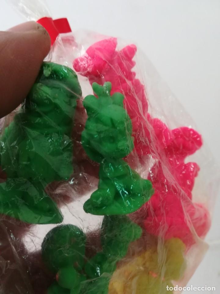 Figuras de Goma y PVC: Bolsa original con 13 figuras de los Picapiedra años 90 - Foto 2 - 143138162