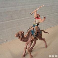 Figuras de Goma y PVC: FIGURA DE PLÁSTICO SERIE BEDUINOS DEL DESIERTO EN CAMELLO REAMSA. Lote 143190262