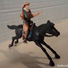 Figuras de Goma y PVC: FIGURA DE PLÁSTICO COWBOYS DE TEXAS A CABALLO REAMSA. Lote 143191854