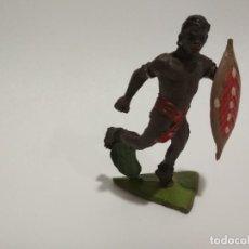 Figuras de Goma y PVC: FIGURA NEGRO JECSAN GOMA ESCUDO. Lote 143343694