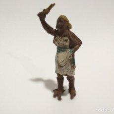 Figuras de Goma y PVC: FIGURA GOMA CAZADORA ÁFRICA SALVAJE. Lote 143344010