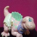 Figuras de Goma y PVC: FIGURA PVC BEBE CON PAÑALES DINOSAURIOS MARCA LGT 1992. Lote 143852494