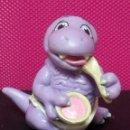 Figuras de Goma y PVC: FIGURA PVC BEBE CON PAÑALES DINOSAURIOS MARCA LGT 1992. Lote 143852522
