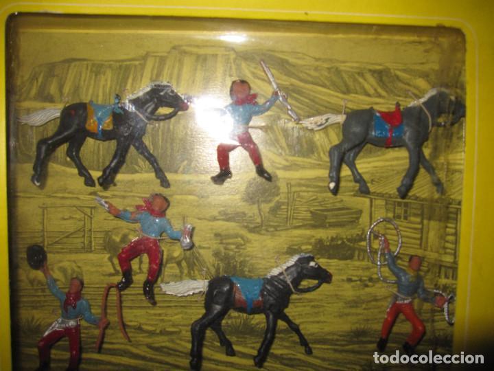 Figuras de Goma y PVC: CAJA DE VAQUEROS DE OLIVER/ PECH DESCATALOGADA - Foto 4 - 144104094