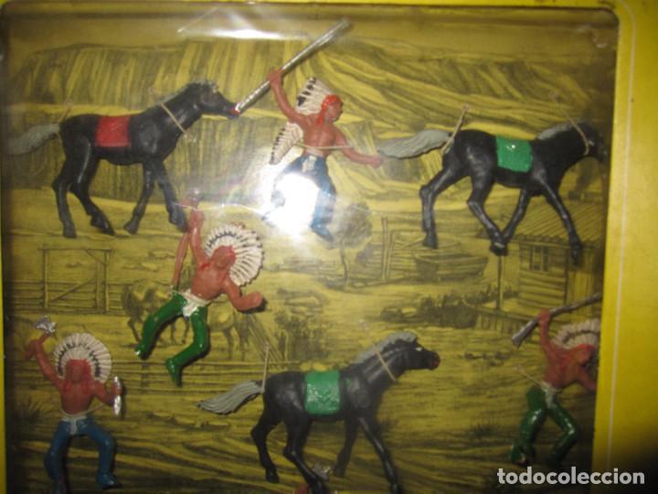 Figuras de Goma y PVC: CAJA DE INDIOS DE OLIVER/ PECH DESCATALOGADA - Foto 2 - 144104170