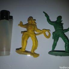 Figuras de Goma y PVC: PISTOLEROS AMERICANOS DE PLÁSTICO. Lote 144156533