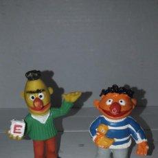 Figuras de Goma y PVC: FIGURAS PVC. EPI Y BLAS. COMICS SPAIN. BARRIO SESAMO. MUPPETS. AÑOS 80. Lote 144458106