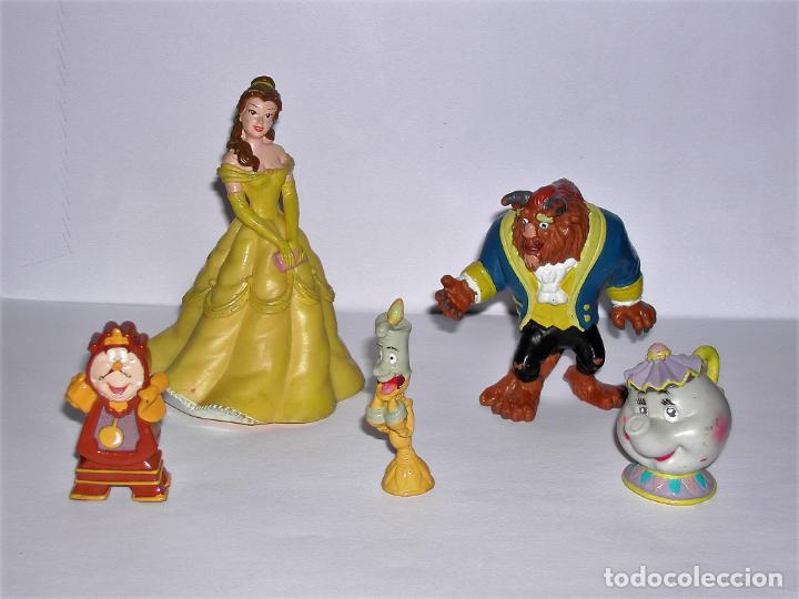 LOTE 5 FIGURITAS BELLA Y BESTIA, SRA. POTTS, LUMIERE Y DIN DON (Juguetes - Figuras de Goma y Pvc - Bully)