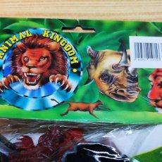 Figuras de Goma y PVC: ANIMAL KINGDOM BOLSA CON FIGURAS DE ANIMALES CON MAPA. Lote 144542069