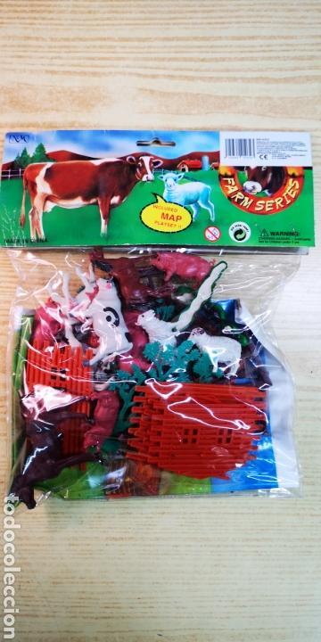 Figuras de Goma y PVC: Farm series figuras de animales con mapa - Foto 2 - 144542388