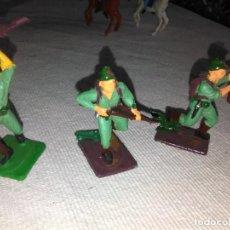 Figuras de Goma y PVC: LOTE DE 3 SOLDADOS JAPONESES DE OLIVER PECH, PVC. Lote 144651466
