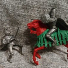 Figuras de Goma y PVC: FIGURAS CABALLEROS JUSTA MEDIEVAL. Lote 144652454