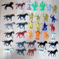 Figuras de Goma y PVC: LOTE DE ANTIGUAS FIGURAS DEL OESTE MONOCOLOR. AÑOS 70. SERIE 65 MM.. Lote 144710822