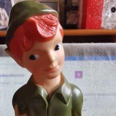 Figuras de Goma y PVC: ANTIGUA HUCHA DE PETER PAN, DISNEY. MUY BUEN ESTADO. 31 CENTÍMETROS.. Lote 144751854