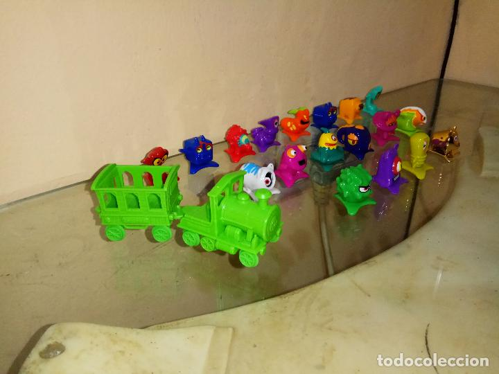 Figuras de Goma y PVC: Pack Lote 18 Zomling + Tren + Vagon Figuras 2, 4, 5, 8, 17 , 21, 22, 28, 30, 34, 35, 40,47 ,57,63,67 - Foto 3 - 144783394