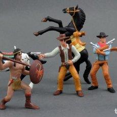 Figuras de Goma y PVC: 7 FIGURAS OESTE INDIOS VAQUEROS FEDERALES GOMA MADE IN CHINA AÑOS 90. Lote 144978482