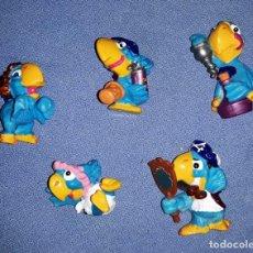 Figuras Kinder: FIGURAS DE LOS HUEVOS KINDER LOROS EN MUY BUEN ESTADO ORIGINALES . Lote 145317954