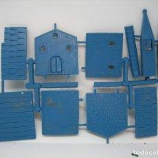 Figuras de Goma y PVC: POBLADO MONTAPLEX. Lote 145654402