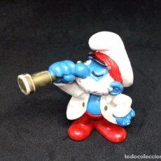 Figuras de Goma y PVC: PAPA PITUFO MARINO CON CATALEJO PEYO 1981. Lote 145730490