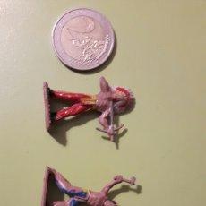Figuras de Goma y PVC: 3 INDIOS DE MINI OESTE COMANSI. Lote 145837137