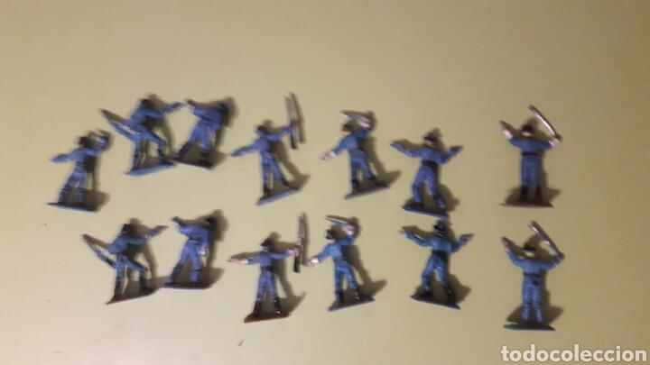 Figuras de Goma y PVC: Lote de 13 Soldados Yankes Comansi a pie Mini Oeste de Comansi - Foto 4 - 145838493