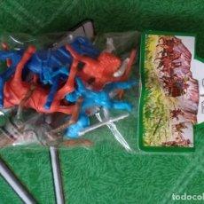 Figuras de Goma y PVC: ANTIGUA BOLSA DE INDIOS. Lote 146155014
