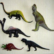 Figuras de Goma y PVC: LOTE CINCO DINOSAURIOS MONSTRUOS DRAGONES ANTIGUOS DE GOMA DE LOS AÑOS 80 Y 90. Lote 146230326