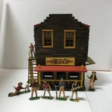 Figuras de Goma y PVC: EL SALOON DE VIRGINIA CITY. Lote 146272854