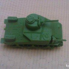 Figuras de Goma y PVC - Montaplex -Tanque Fiat - Italia - 146304166