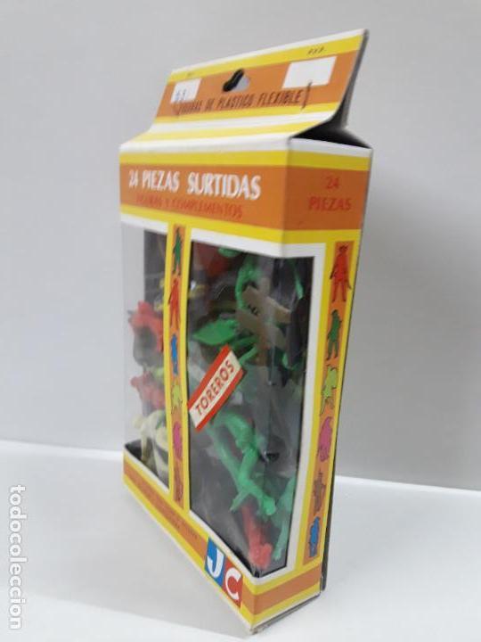Figuras de Goma y PVC: CAJA DE TOREROS - REF 532 . REALIZADA POR JECSAN . AÑOS 60 / 70 - Foto 3 - 146611378