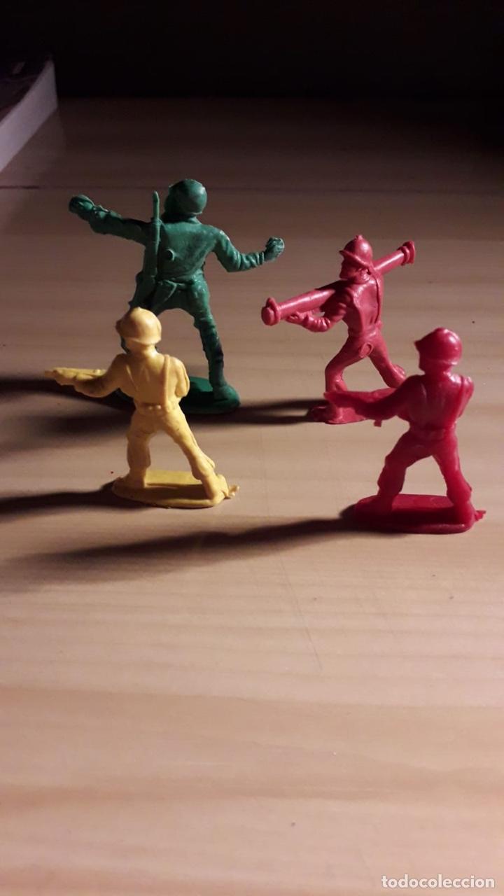 LOTE 4 SOLDADOS PIPERO (Juguetes - Figuras de Goma y Pvc - Pipero)