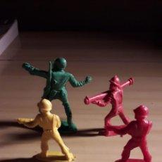 Figuras de Goma y PVC: LOTE 4 SOLDADOS PIPERO. Lote 146615024