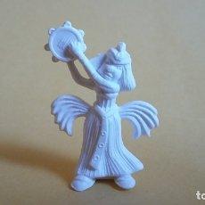 Figuras de Goma y PVC: ANTIGUA FIGURA DUNKIN PERSONAJE ASTERIX BLANCO-DANZARINA EGIPCIA. Lote 115621927