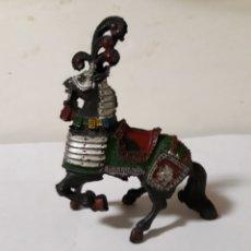 Figuras de Goma y PVC: FIGURA CABALLO MEDIEVAL LAFREDO. Lote 146774886