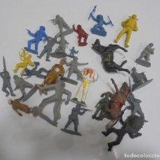 Figuras de Goma y PVC: LOTE DE SOLDADITOS, INDIOS DE GOMA, CABALLOS DE GOMA. LOS DE LA FOTO. VER. Lote 146876086
