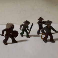 Figuras de Goma y PVC: FIGURAS EN GOMA VAQUEROS E INDIO POSIBLE ALCA CAPELL. Lote 146899301