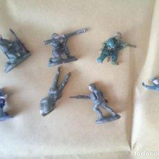 Figuras de Goma y PVC: SOLDADOS PINTADOS. Lote 147104850