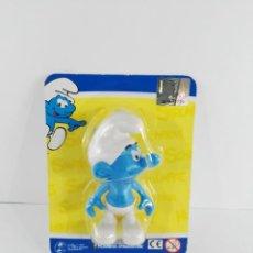 Figuras de Goma y PVC: PITUFO OCIOSO ALDEANO ALTAYA. Lote 147351454