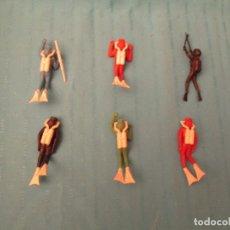 Figuras de Goma y PVC: BUZOS SUBMARINISTAS LOTE . Lote 147428146