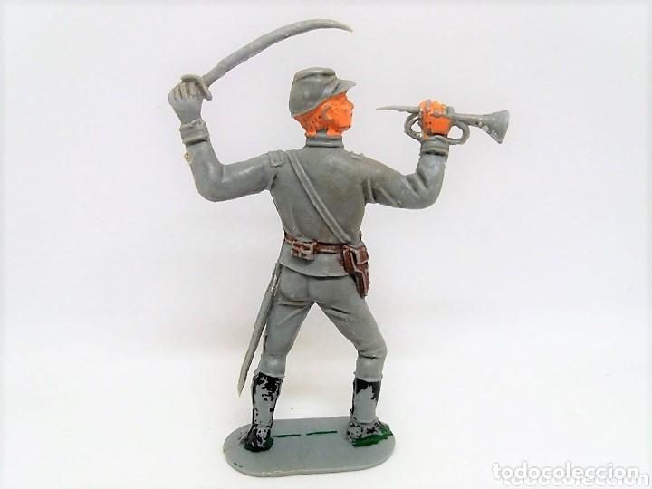 Gummi- und PVC-Figuren: Antigua Figura del Oeste Jecsan. Soldado Corneta Sudista. Dos banderas. Serie 65 mm. Años 60. - Foto 2 - 147693878