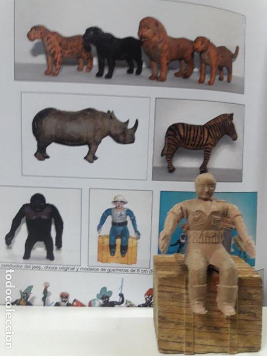 Figuras de Goma y PVC: CONDUCTOR DE JEEP . POSIBLEMENTE REALIZADO POR ARCLA ?? DETALLE EN EL LIBRO DE JUAN HERMIDA - Foto 2 - 148054178