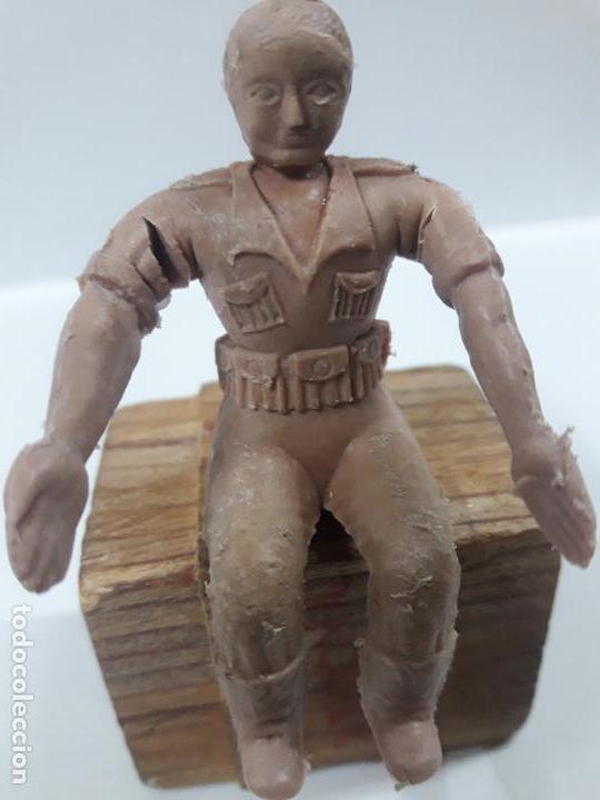 Figuras de Goma y PVC: CONDUCTOR DE JEEP . POSIBLEMENTE REALIZADO POR ARCLA ?? DETALLE EN EL LIBRO DE JUAN HERMIDA - Foto 8 - 148054178